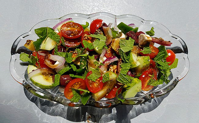 Greek Salad (Horiatiki)